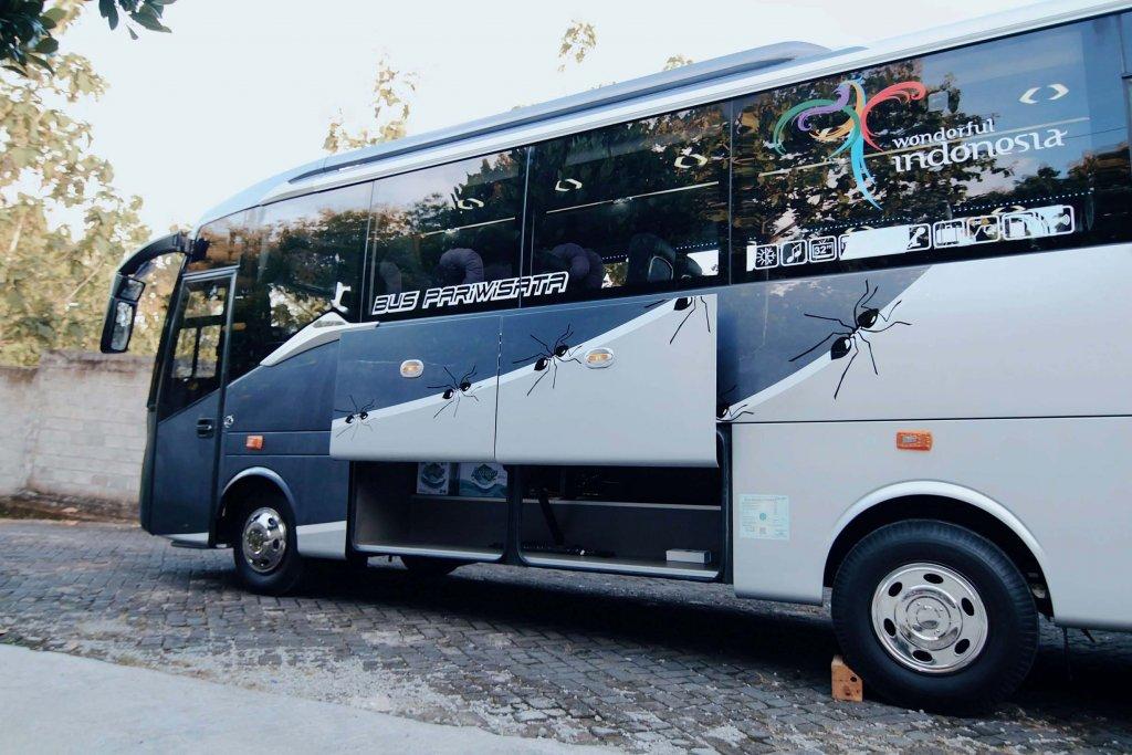Medium Bus 31-35 seat